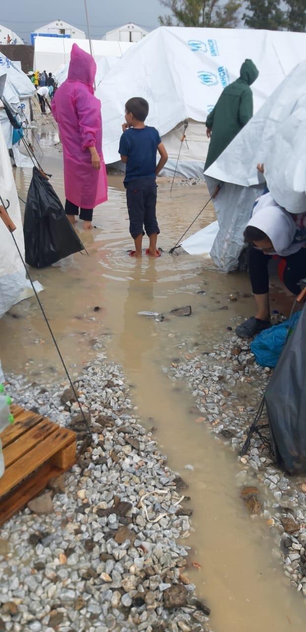 New refugee camp on Lesvos flooded 1